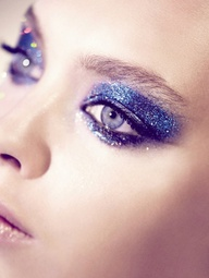 blue glitter - vogue